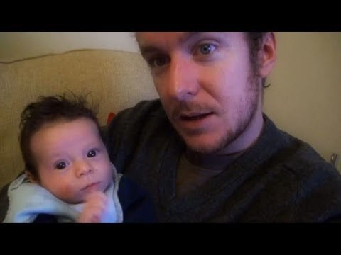 Dad looks after newborn baby for the first time. Parenting & baby advice.