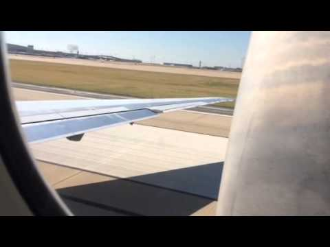 Parallel MD80 takeoff DFW