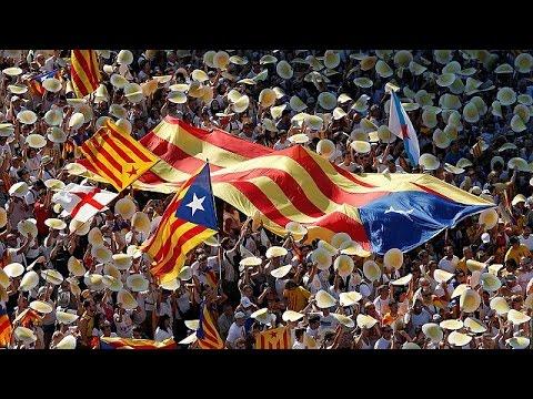 Καταλονία: Το τοπικό κοινοβούλιο στηρίζει το δημοψήφισμα ανεξαρτησίας