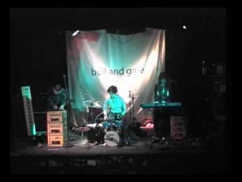 Mary and the baby cheeses - Lullaby for a murderer ((live at The Bull and Gate)