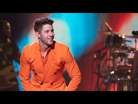 Will Nick Jonas Replace Adam Levine As Blake Shelton's Bro On 'The Voice'? | MEAWW