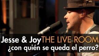 Jesse Joy Con Quién Se Queda El Perro captured in The Live Room