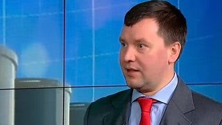 "Аналитик ""Газпромбанка"": цена нефти может упасть и ниже 30 долларов за баррель"