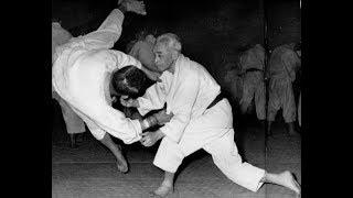 God of judo! 10 dan Kyuzo (Kudzo) Mifune.