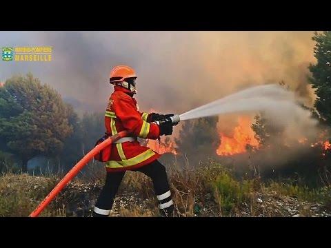 Γαλλία: Υπό έλεγχο μεγάλη πυρκαγιά – Στις παρυφές της Μασσαλίας οι φλόγες