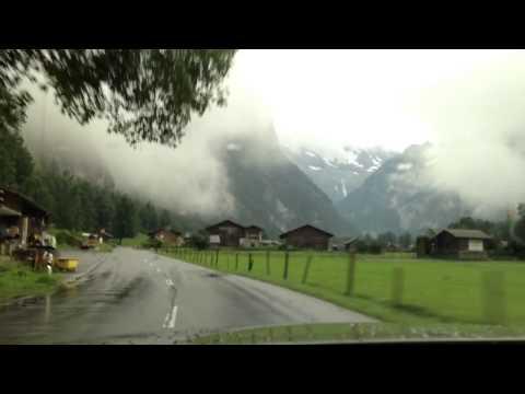 جولة في وادي لوتربينن سويسرا Lauterbrunnen ،، نسأل الله الجنة .