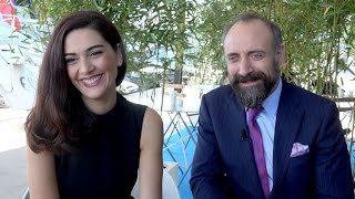 Video Wounded Love's Bergüzar Korel & Halit Ergenç MP3, 3GP, MP4, WEBM, AVI, FLV Maret 2018