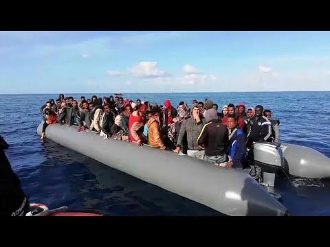 Νταβός: Ψηλά στην ατζέντα και το μεταναστευτικό