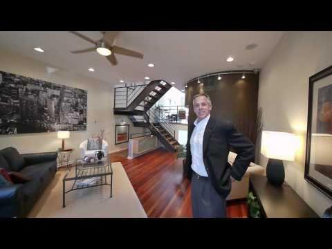 A sleek, dramatic Bucktown single-family home for $799K