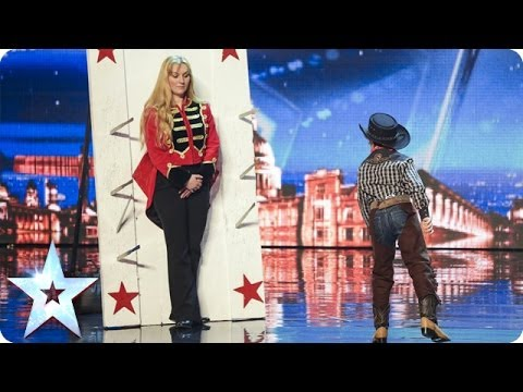 Simon - See more from Britain's Got Talent at http://itv.com/talent Child circus performer Edward Pinder leaves the Judges on the edge of their seats as the chucks k...