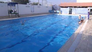 السباحة .. رياضية صحية لكنها موسمية