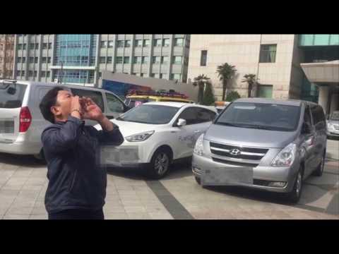 '정치권력으로부터 자유로운', '풀뿌..