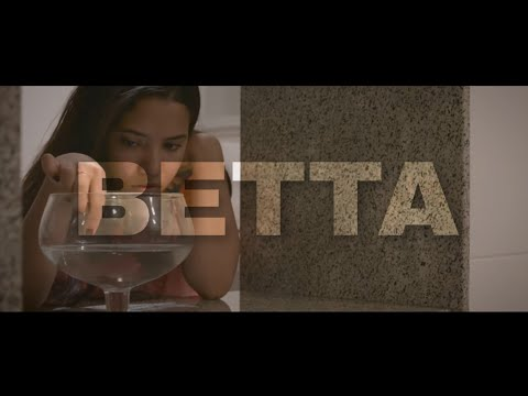 BETTA - curta metragem (English Subtitles)