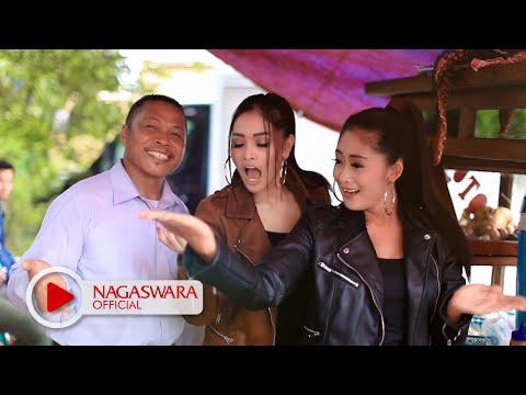 Duo Anggrek - Goyang Nasi Padang (Official Music Video NAGASWARA) #goyangnasipdg