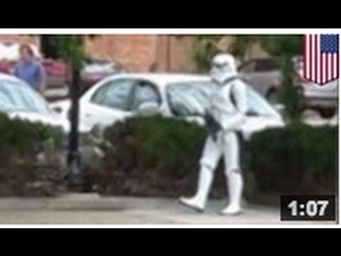 STAR WARS 7: Un soldat d'assaut se fait arrêter pour avoir marché dans les rues