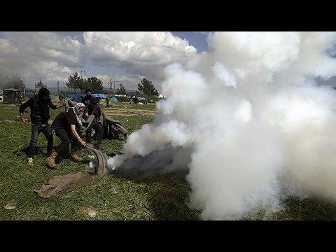 Ειδομένη: Δεκάδες τραυματίες πρόσφυγες από τη βίαιη αντιμετώπιση των Σκοπιανών