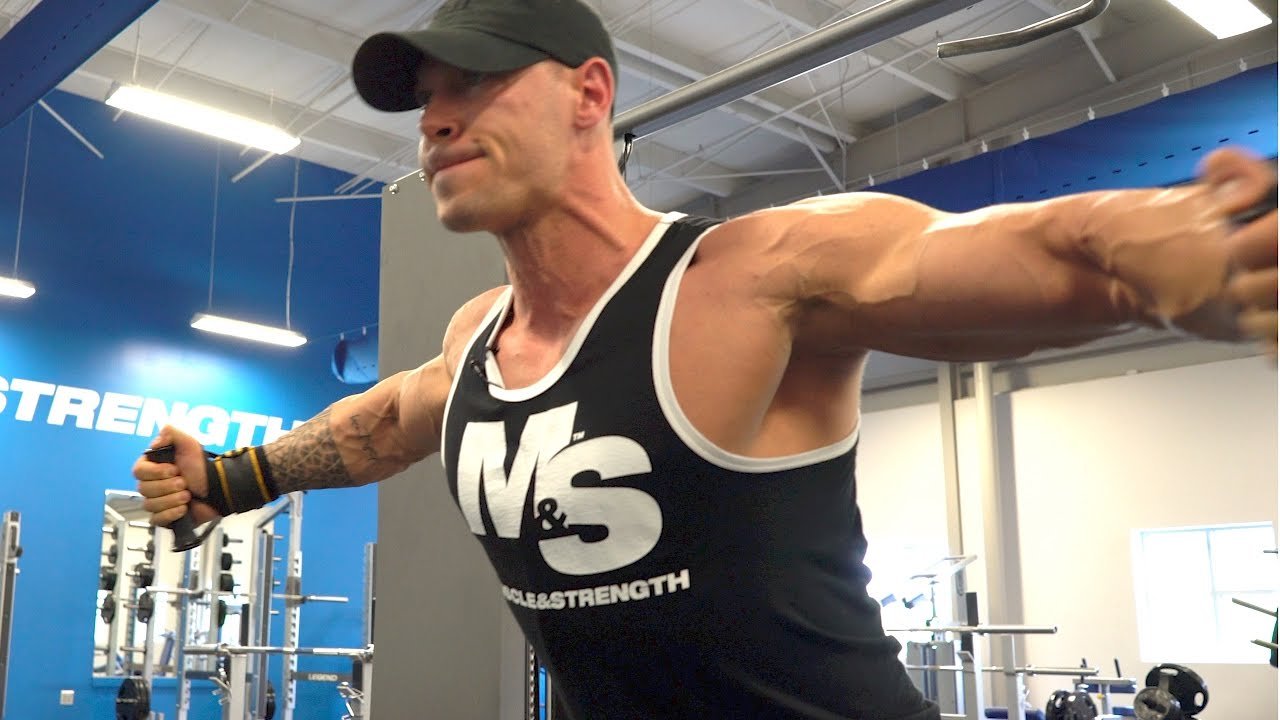 Build A Bigger Chest!  Anton Antipov's Striated Chest Workout
