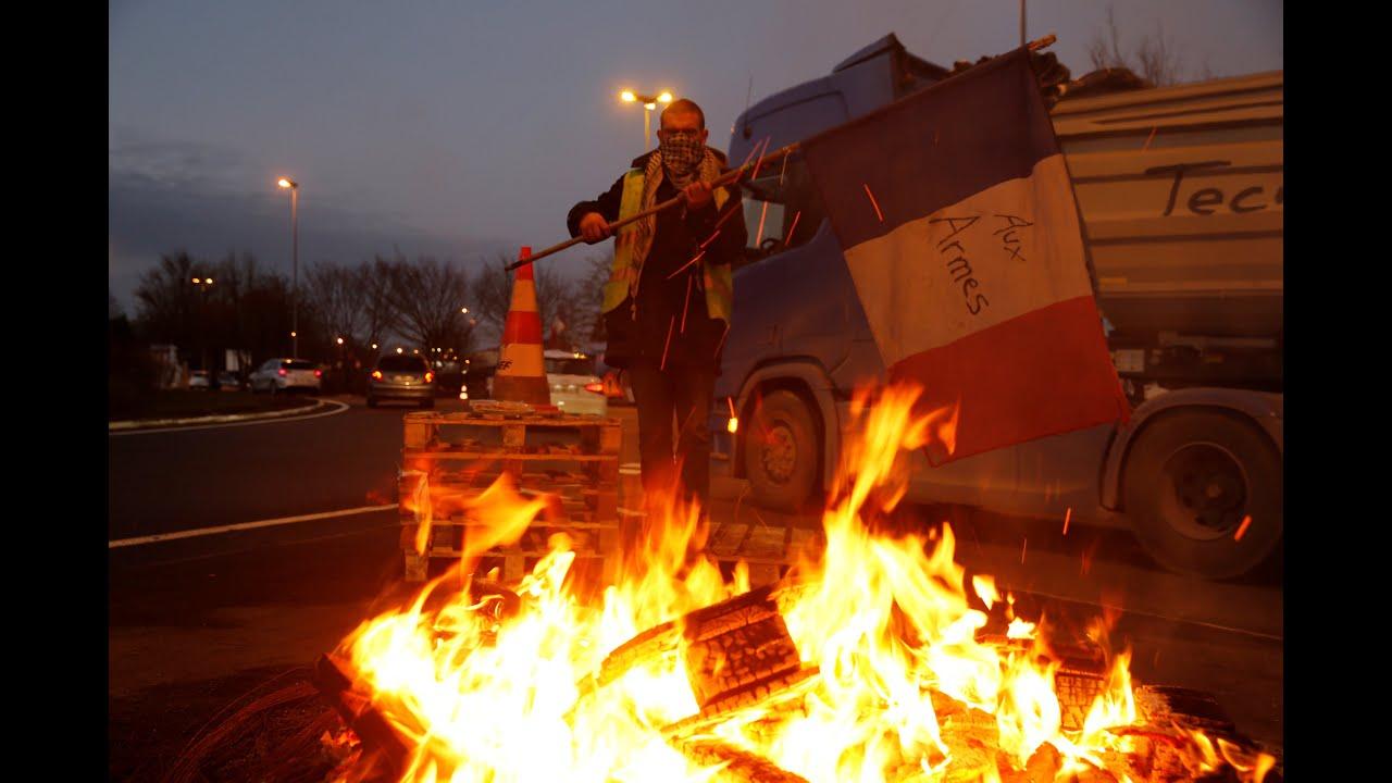 Γαλλία: Αναστολή αύξησης στη φορολογία καυσίμων, ενδέχεται να ανακοινώσει ο Φιλίπ…