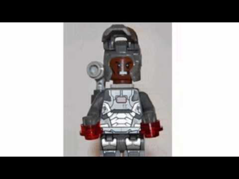 Video New YouTube  video for the Super Heroes Hawkeye Minifigure