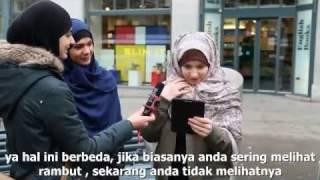 Video Reaksi Non-Muslimah saat Pertama Kali Mengenakan Jilbab MP3, 3GP, MP4, WEBM, AVI, FLV Desember 2017
