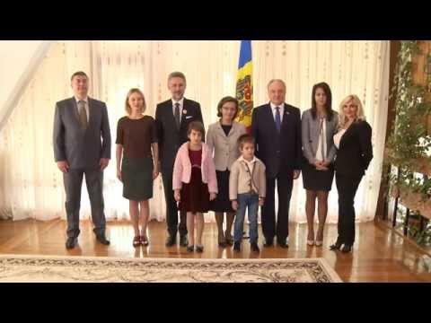 Moldovan president awards Romanian ambassador