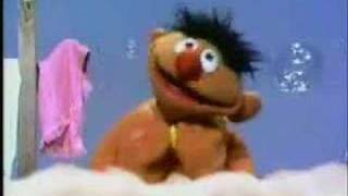 Download Lagu Sesame Street - Rubber Duckie (1970 version) Mp3