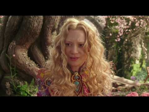 Alice Through the Looking Glass (Clip 'Save the Hatter')