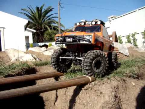 Home Track RC Scale Run 1º.wmv