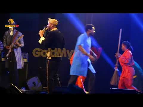 ADEKUNLE GOLD PERFORMS WORK AT ONE NIGHT STAND WITH ADEKUNLE GOLD