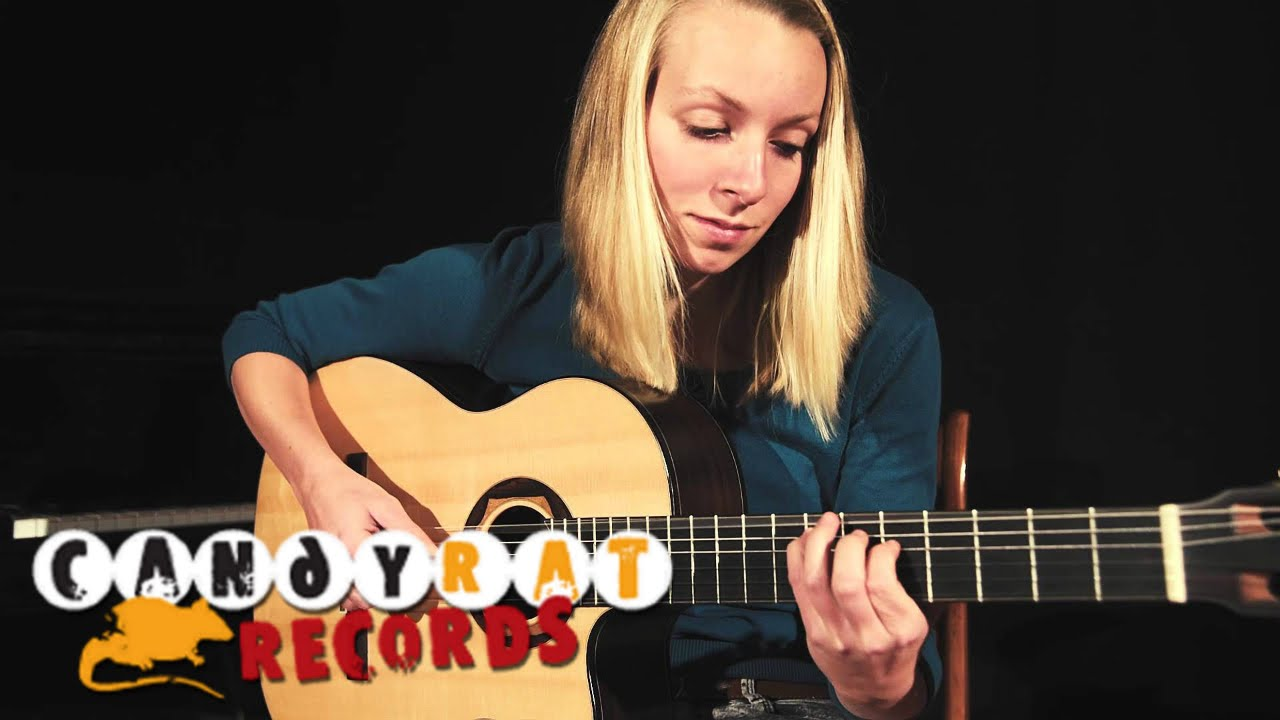 Judith Beckedorf – Material Girl (Madonna) – solo acoustic guitar