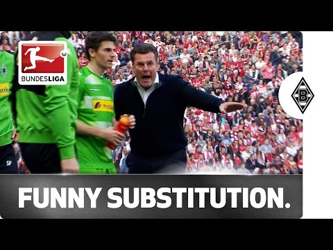 Hilarity on the Bench - Borussia Mönchengladbach's Forgetful Coach