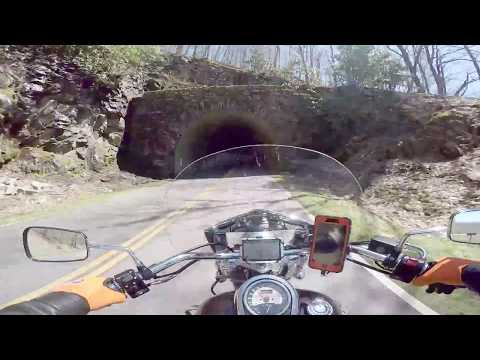 Blue Ridge Parkway - Cherokee NC to Soco Gap (Maggie Valley) Music by Journey
