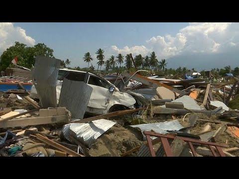 Ινδονησία: Σεισμός, τσουνάμι, και τώρα ηφαίστειο