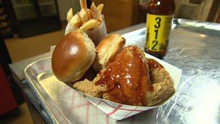 Video Chicago's Best Fried Chicken: Uncle Remus MP3, 3GP, MP4, WEBM, AVI, FLV September 2018