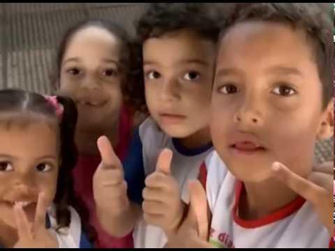 40% das crianças vivem em extrema pobreza.