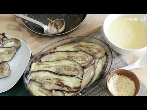 How To Make an Authentic Delicious Moussaka – Greek Recipe