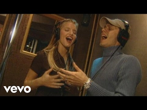 There You Were, duet with Marc Anthony (studio footage) (from Dream Chaser)