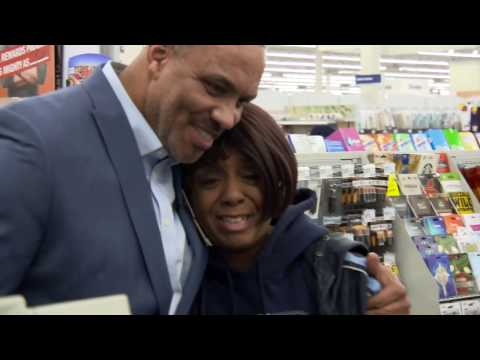 Meijer Continues Tradition of Surprising Customers by Paying for 230 Christmas Purchases