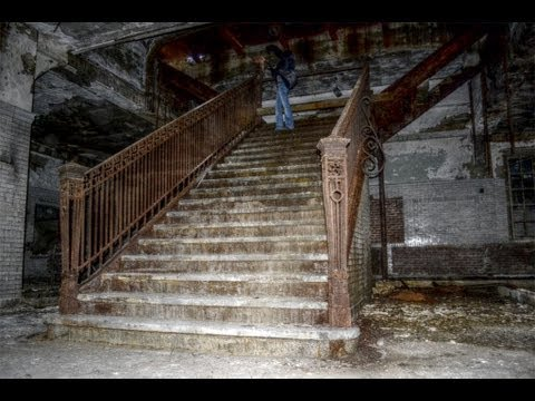 Abandoned Lehigh Valley Railroad Passenger Station – PA