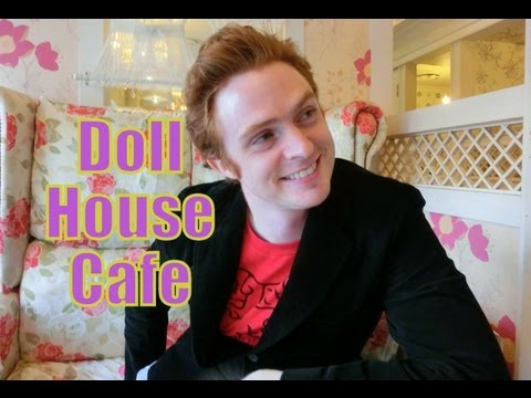VIDEO:  Korean Doll Coffee House