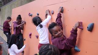 The benefits of climbing walls at schools by teamBMC