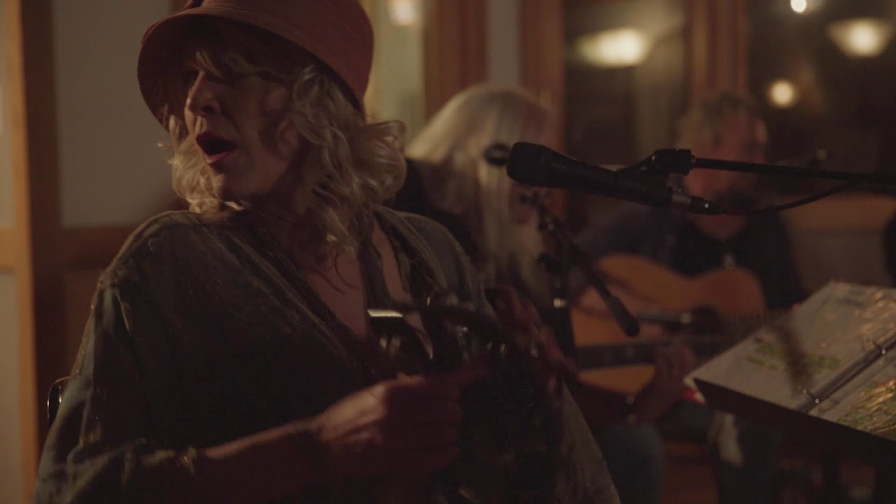 Billy Ray Cyrus – Guns, Gold and Guitars (Performance Video)