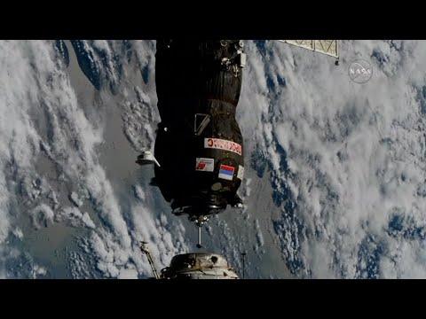 Unbemanntes russisches Raumschiff schreibt Geschich ...
