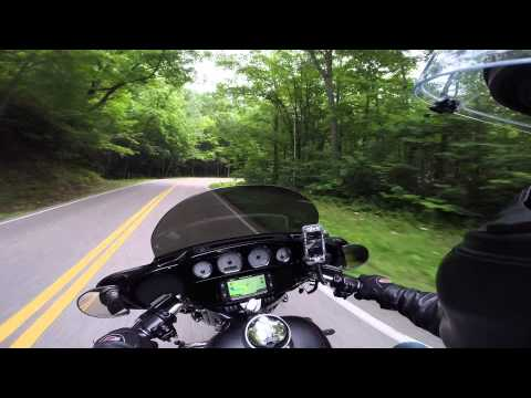 2014 Street Glide Special vs The Tail of the Dragon
