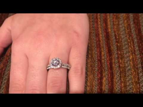 High Quality Cubic Zirconia Round 1 Carat Halo Style Matching Ring Set 14k Gold