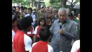 Download Video Temu Wicara Presiden Soeharto pd Hari Anak Nasional di Istana 13071994 MP3 3GP MP4