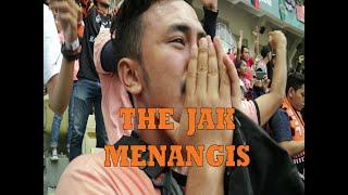 Download Video VLOG #20 PERSIJA VS SRIWIJAYA FC   JAKMANIA MENANGIS @STADION WIBAWA MUKTI MP3 3GP MP4