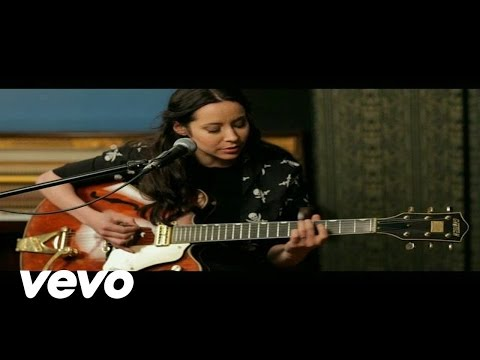Nerina Pallot - Put Your Hands Up (Acoustic Version)