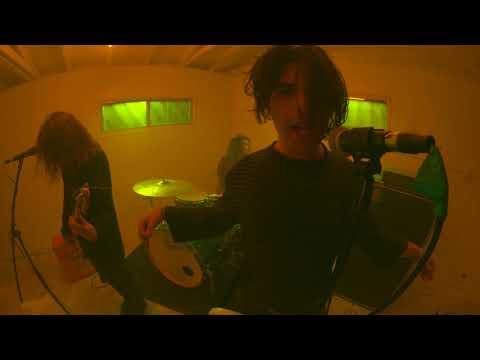 KLIP: TEENAGE WRIST - 'Stoned, Alone'
