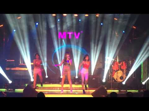 KHỞI MY - THÀ RẰNG NHƯ THẾ REMIX - LIVE MTV